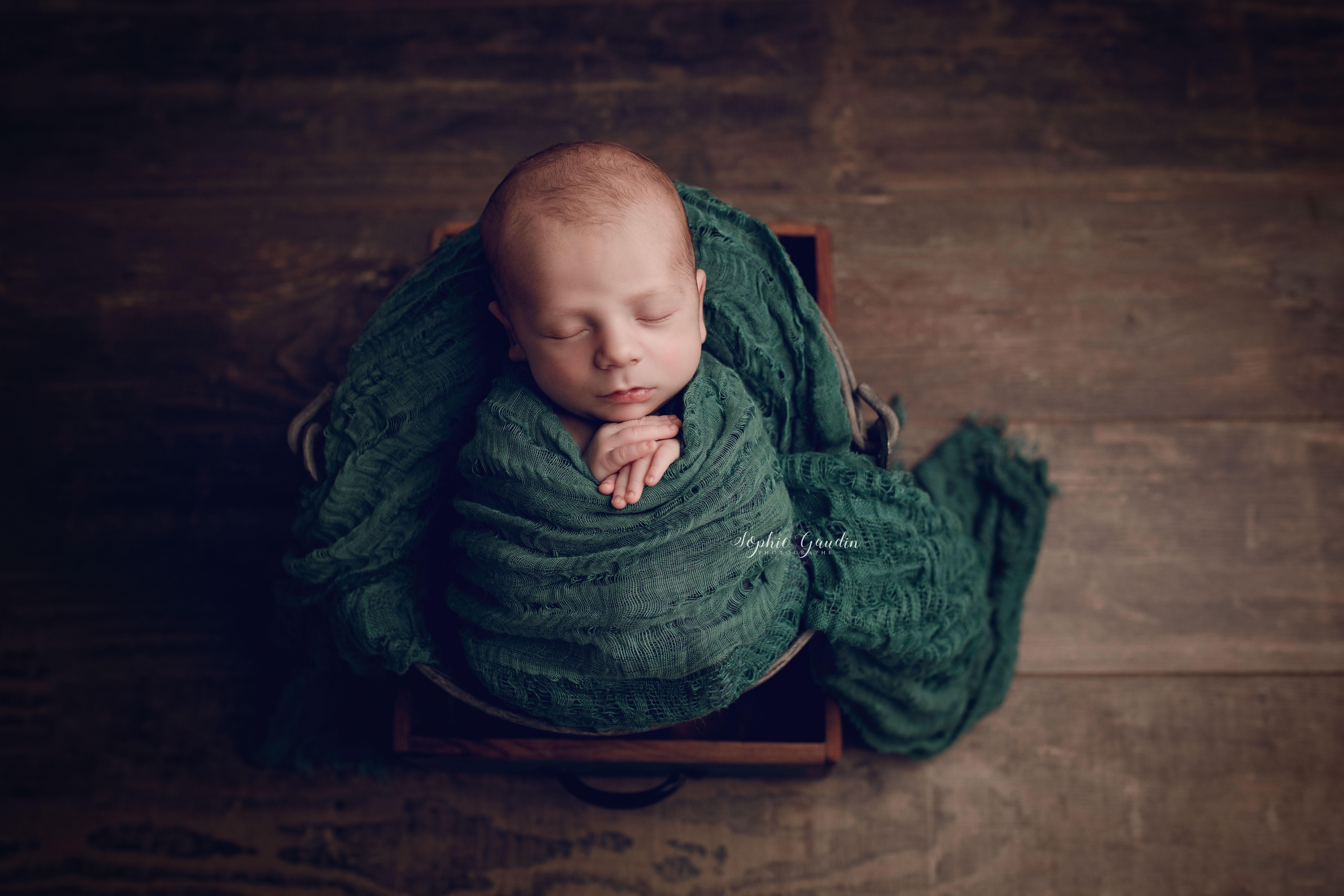 posing-newborn-stmalo